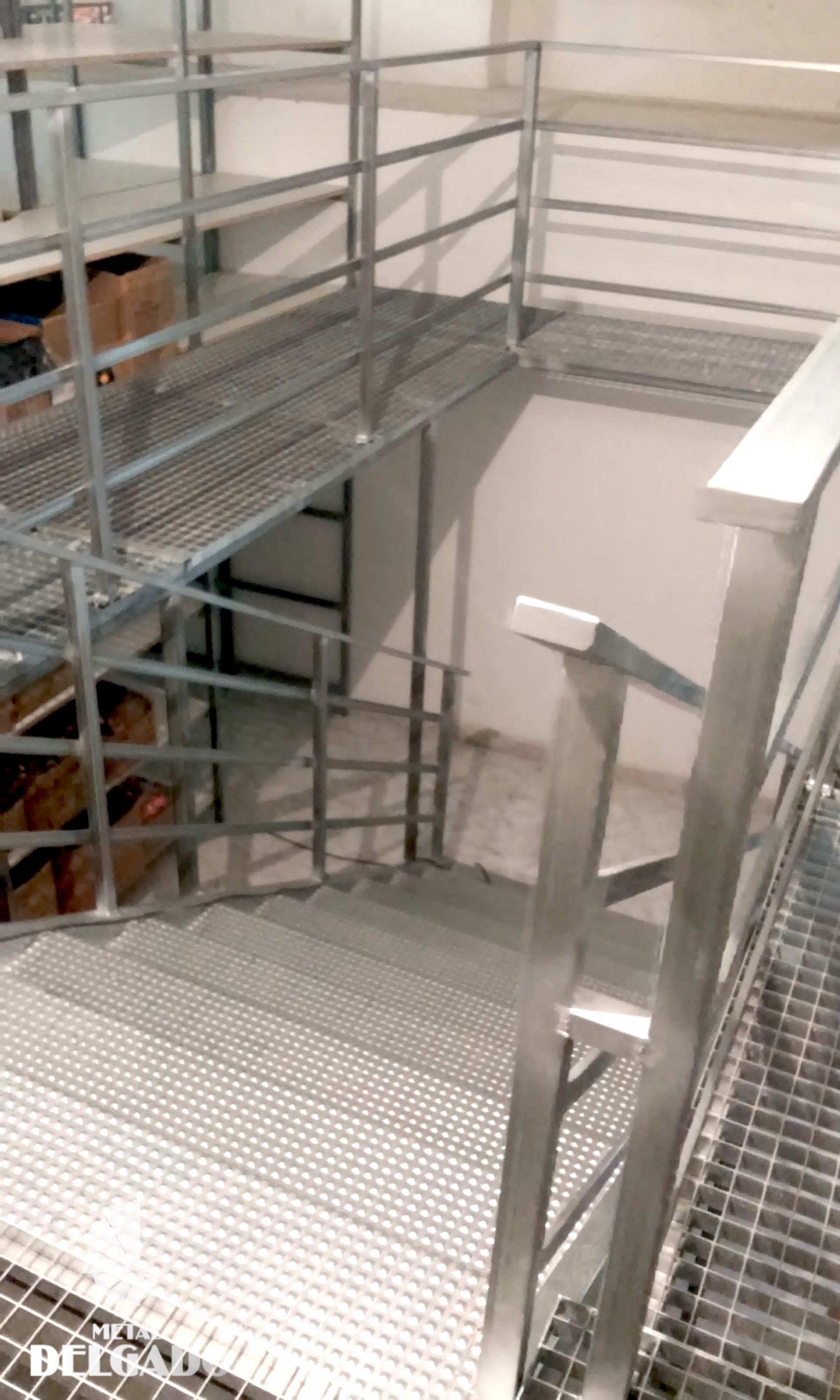 escalera-estructura-metalica-tenerife